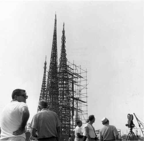 watts towers scaffolding 500