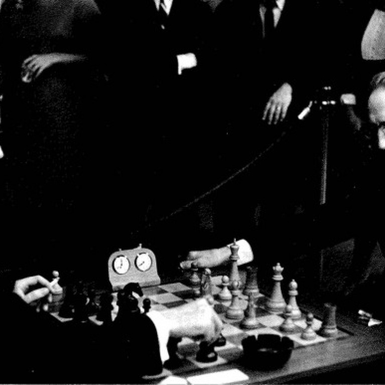 duchamp and hopps playing chess h4f
